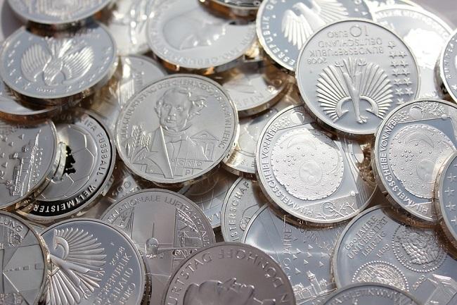 Серебряные монеты – перспективный способ инвестирования